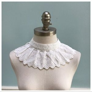 Vintage Handmade Lace Collar